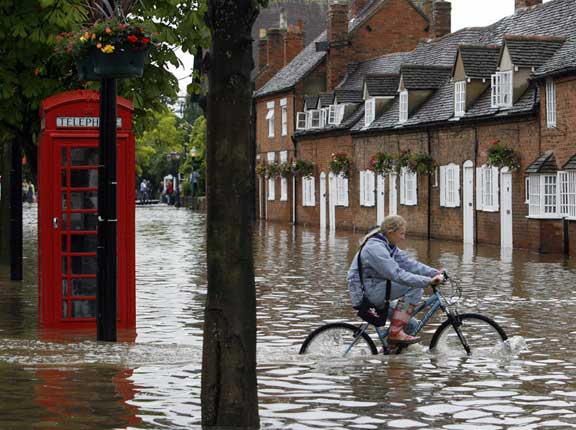Everyone in leasehold thinks there is a problem with the government's Flood Re scheme ... except the Association of British Insurers